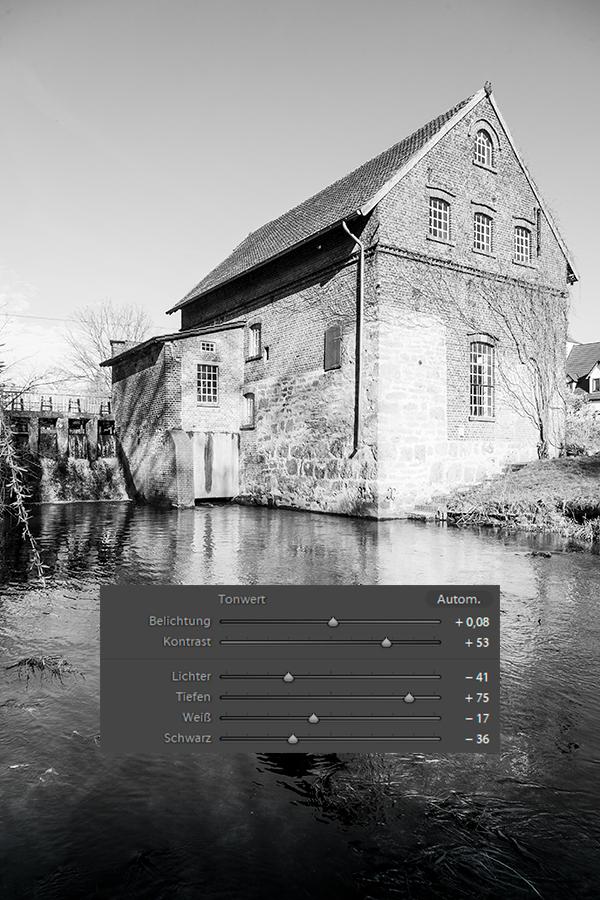 Tüshaus Mühle, Lightroom, schwarzweiß 02